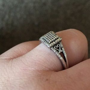Jewelry - Mothers ring size 9 asking 50$